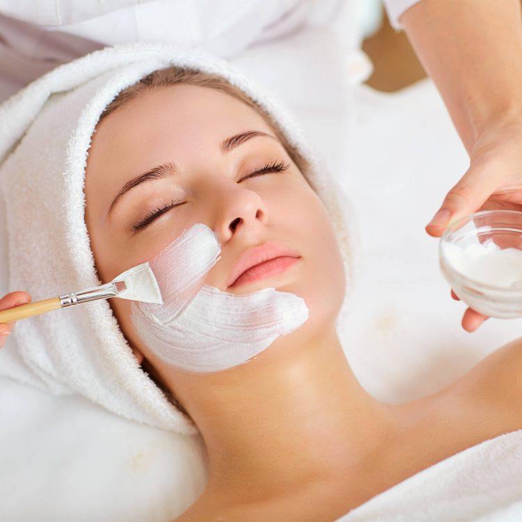 Institut für ganzheitliche Kosmetik Lifting-Behandlung