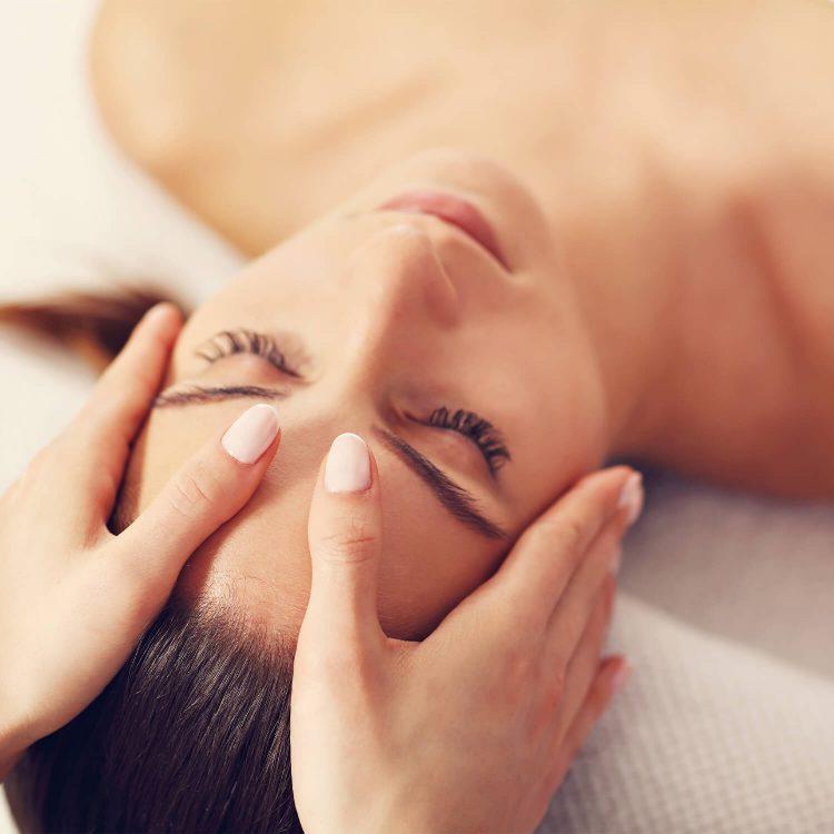 Institut für ganzheitliche Kosmetik Wellness-Behandlung