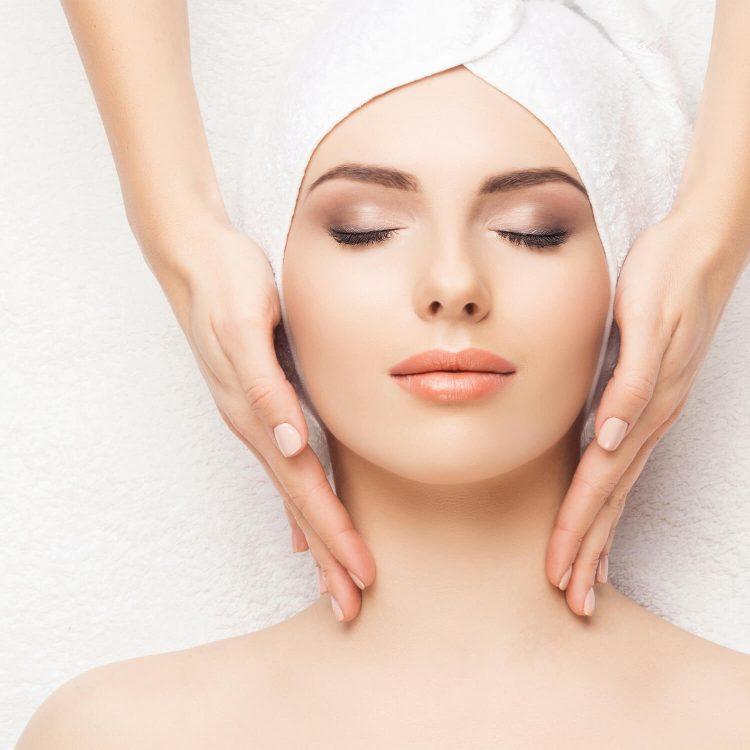 Institut für ganzheitliche Kosmetik Masque Modelante – Behandlung