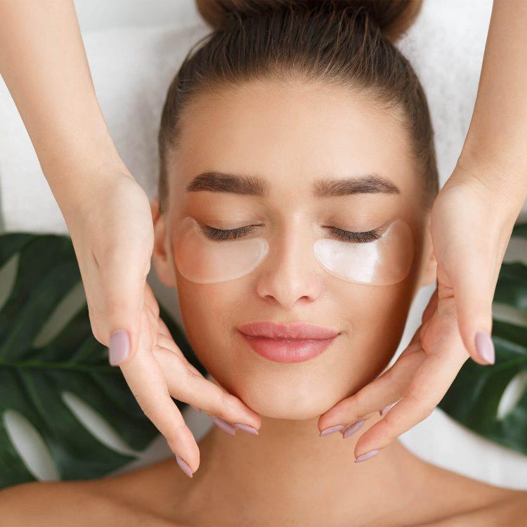 Institut für ganzheitliche Kosmetik Gesichts-Behandlung Verwöhn-Plus