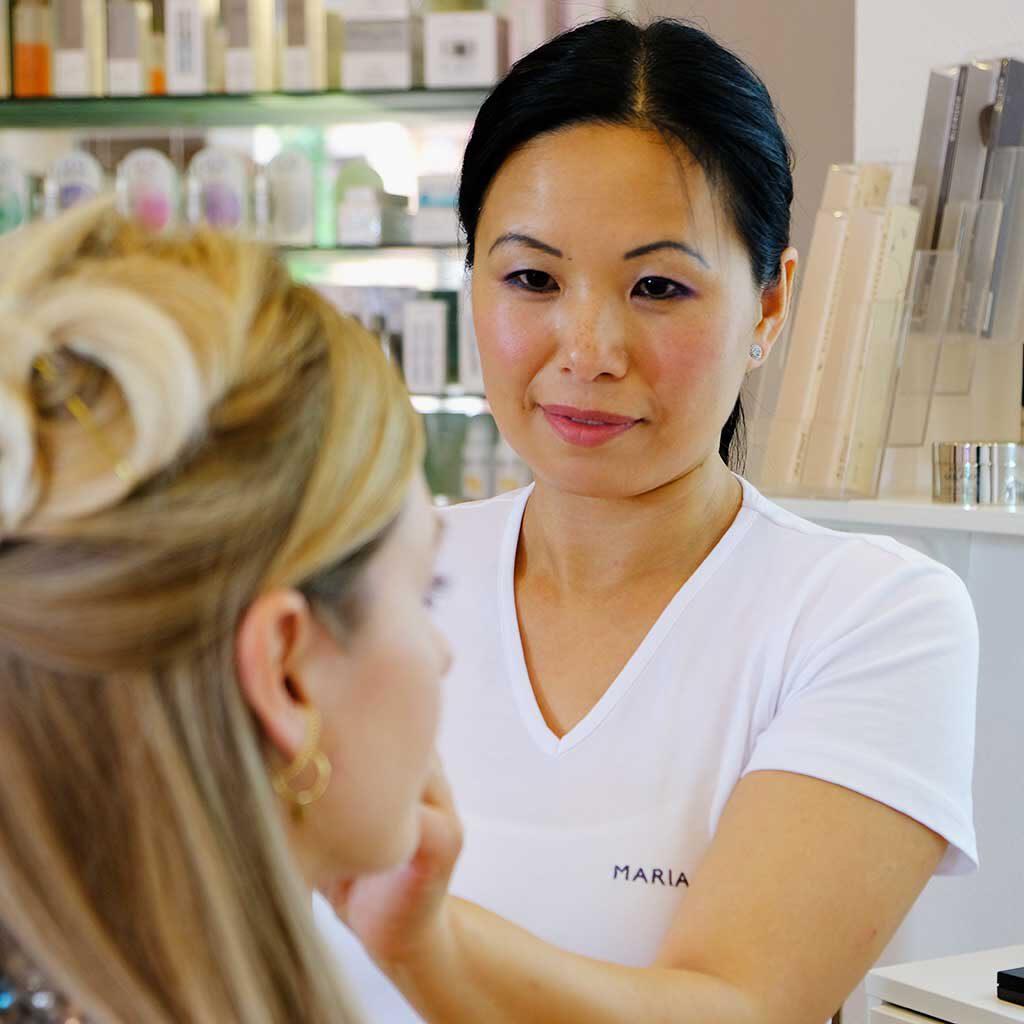 Kosmetik Wang Bild von Frau Wang