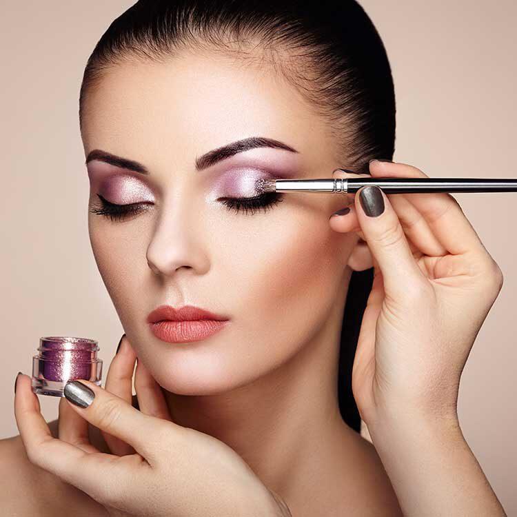 Kosmetik Wang Makeup Beratung